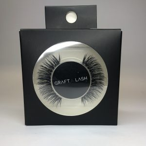 false-lashes